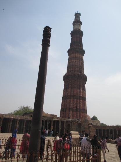 Qutub Minar (Behind) & Iron Pillar (Front)