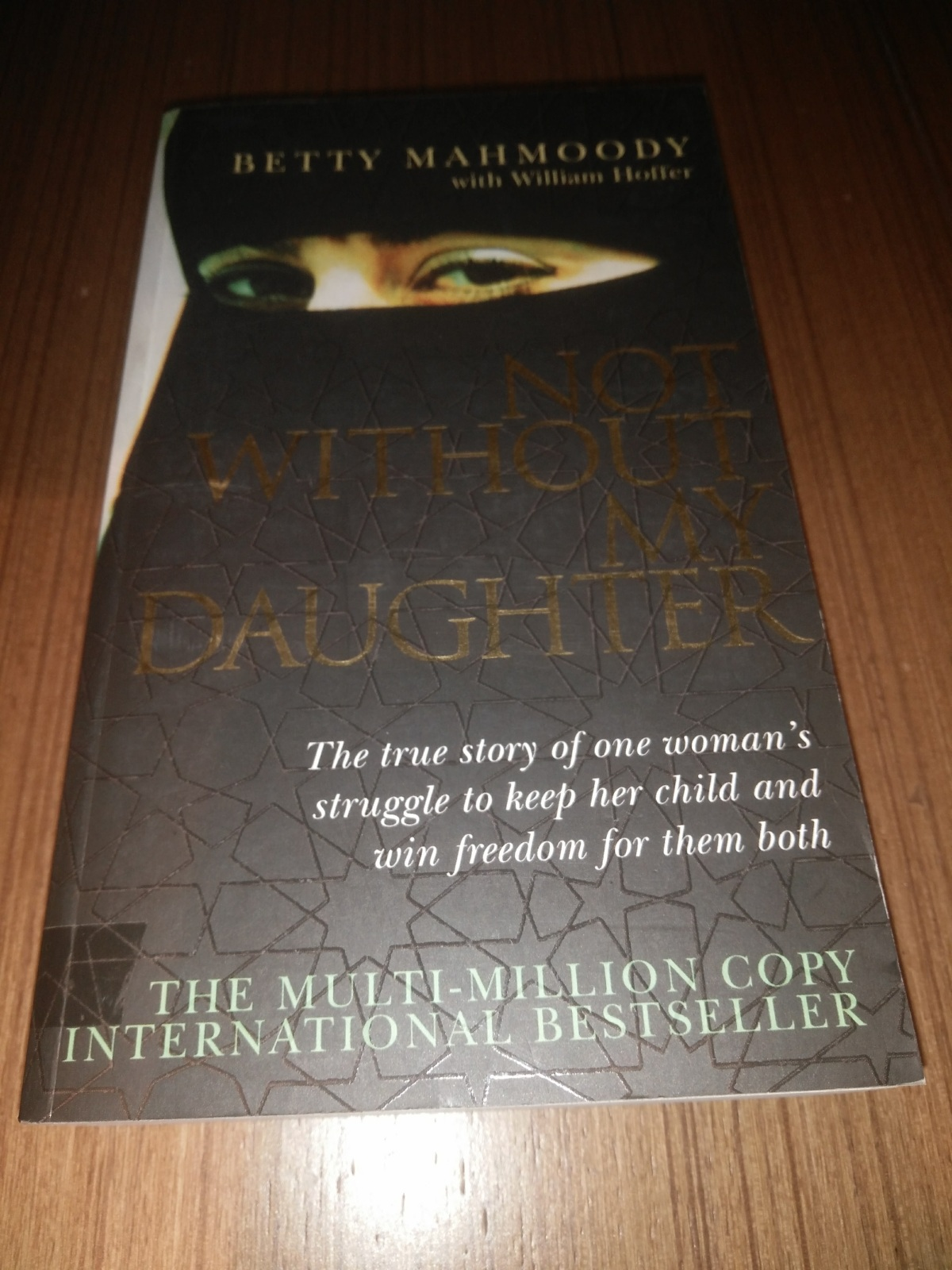 'Not Without My Daughter' (by Betty Mahmoody) – Book Review